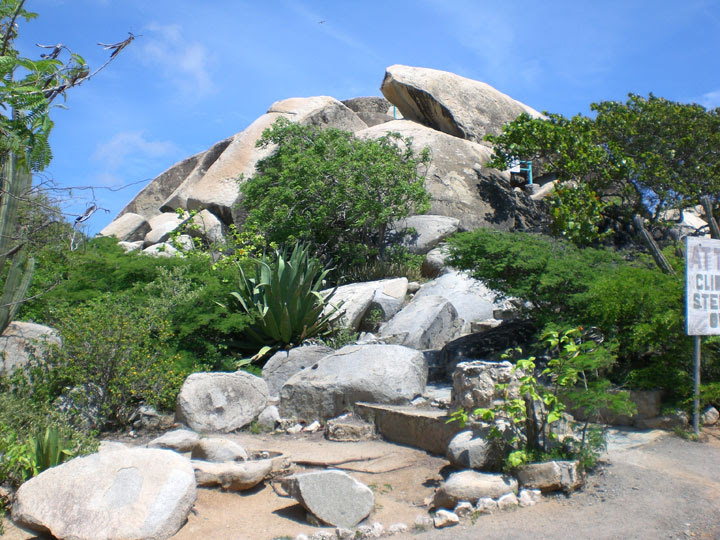 Casibari Rock Formations Blogging to Aruba