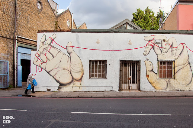 Giacomo Bufarini aka RUN, Street Art Mural in East London. Photo ©Hookedblog / Mark Rigney