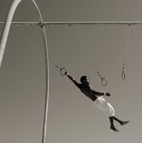 Flying, almost... #2 por Thomas Hartmann