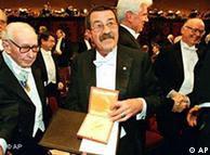 El 10 de diciembre de 1999 Grass recibía el Premio Nobel de Literatura.