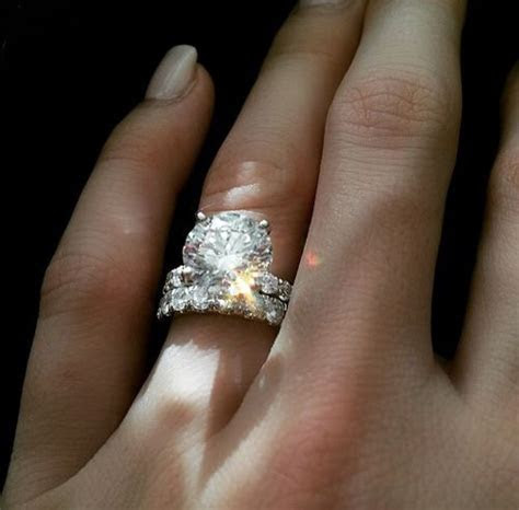 1000  images about Engagement Ring Goodness! on Pinterest