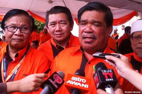 Deklarasi: Dr M tiada agenda peribadi tapi kita perlu hati-hati - Mat Sabu