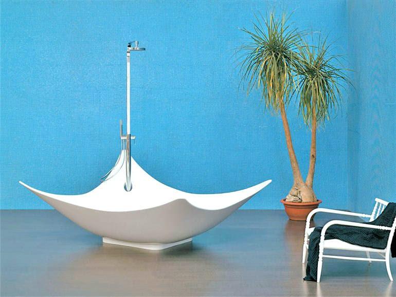 Vasca da bagno centro stanza in Pietraluce® LEGGERA ...