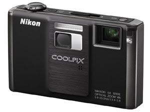 Câmera Digital Nikon S1000PJ