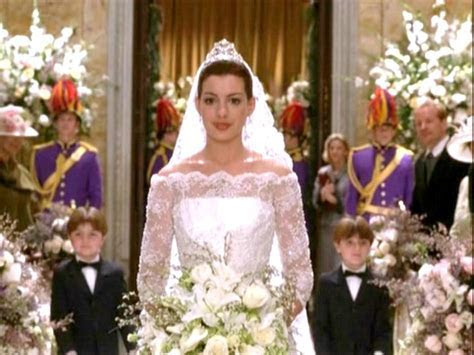 Photos of Anne Hathaway
