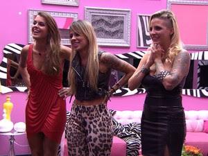 BBB às 22h41m do dia 01/04. (Foto: Big Brother Brasil)