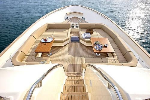 wonderfullifee:Your yacht or mine?