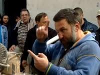 Kezében volt a teljes pénzösszeg, mégis utcára dobta a Fidesz!