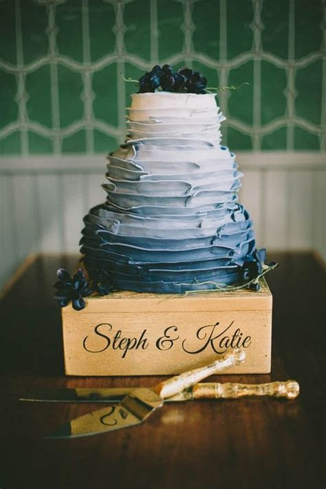 25 Romantic And Sweet Ruffle Wedding Cakes   Weddingomania