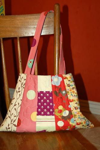 Wonderland Bag - side b