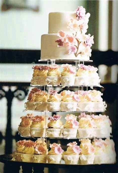 25  best Bride Cupcakes ideas on Pinterest   Wedding dress