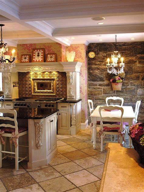 decorating  toile interior design styles  color