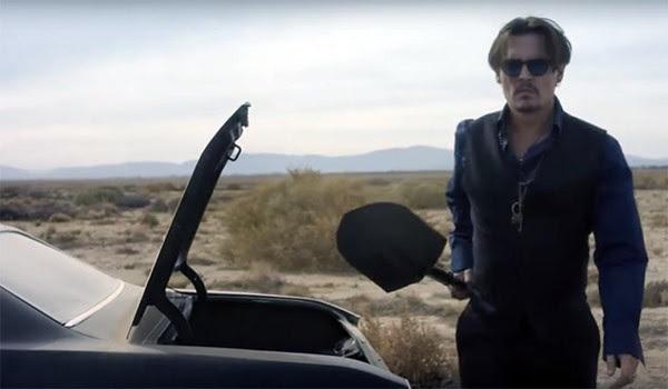 Johnny Depp em comercial da fragrância 'Sauvage' (Foto: Reprodução / YouTube)