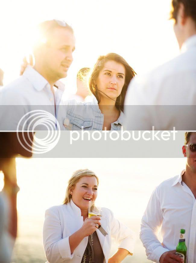 http://i892.photobucket.com/albums/ac125/lovemademedoit/welovepictures/StrandKombuis_Wedding_097.jpg?t=1324655126