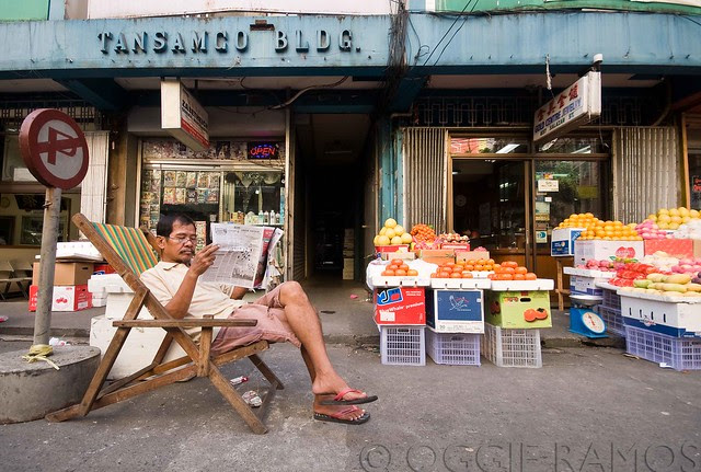 Binondo Street Reader