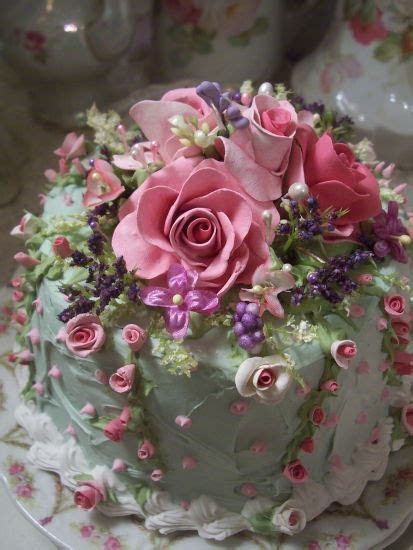 (TheQueenHerself) SHABBY COTTAGE PINK ROSE DECORATED FAKE