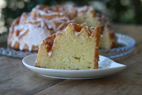 Lemon Bundt - I Like Big Bundts