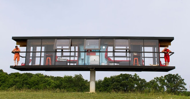 Esta casa construída em uma única coluna pode girar 360º