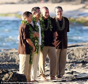 Beach wedding for Gyllenhaals: Jake and Maggie attend