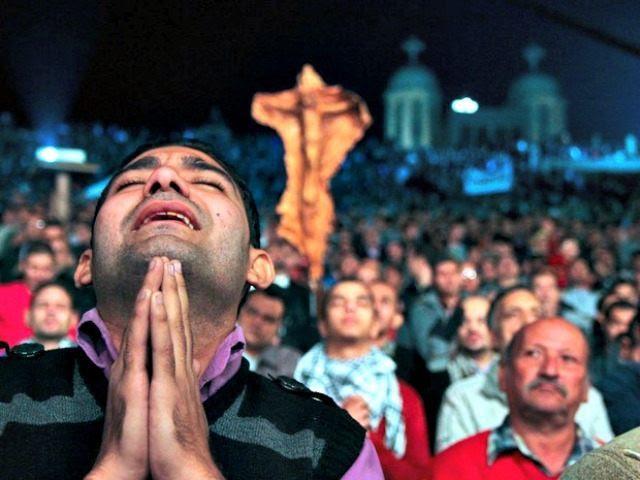 Cristiani: 215 mln perseguitati per fede