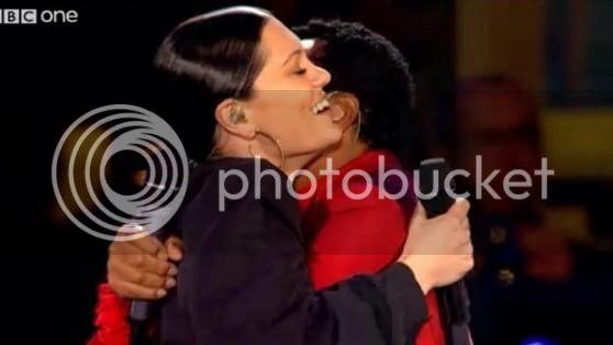 Watch: Jessie J duets with Smokey Robinson for 'Live At Edinburgh Castle'...