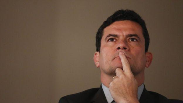 Para juristas, decisão de Moro precisaria ter fatos novos que justificassem prisão