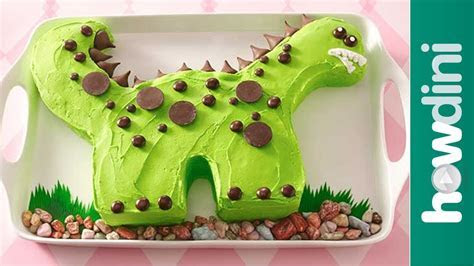 Birthday Cake Ideas: Dinosaur Birthday Cake Decorating