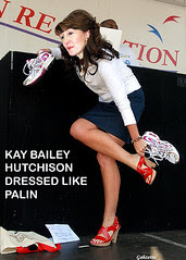 Hutchinson as Palin