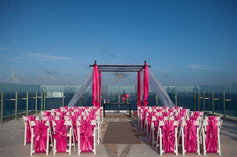 Beach Wedding in Cancun, Mexico   The Destination Wedding