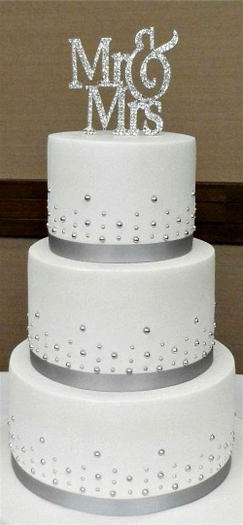25  best ideas about 3 Tier Cake on Pinterest   Pink