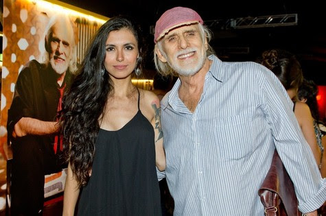 Thaís Almeida e Francisco Cuoco (Foto: Mariana Vianna)