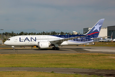 LAN Airlines (Chile) Boeing 787-8 Dreamliner CC-BBA (msn 38471) PAE (Nick Dean). Image: 909173.
