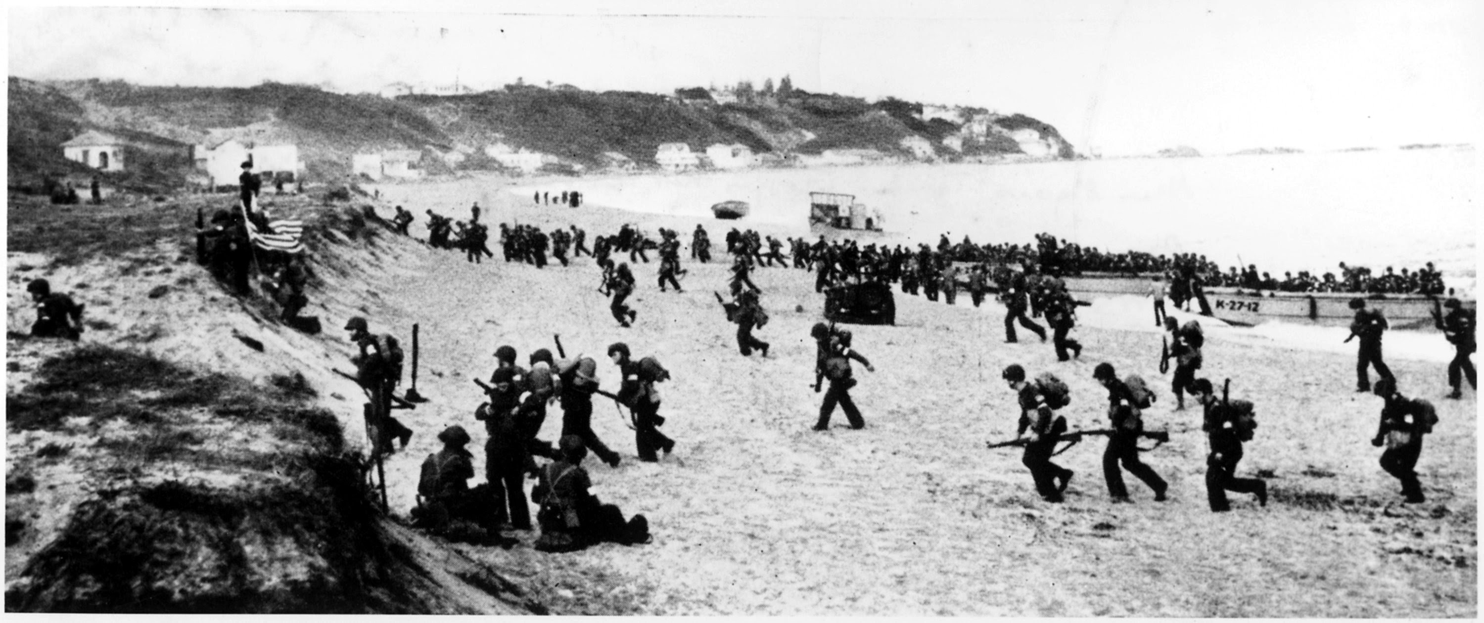 Operation Torch troops hit the beaches