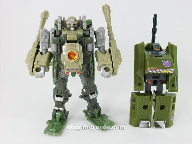 Transformers Brawl Universe Scout - modo robot vs. Brawl G1 Encore