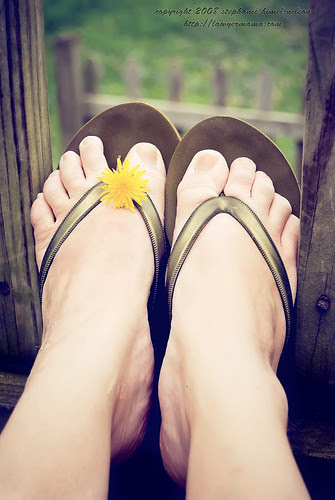 Dandelion Sandals