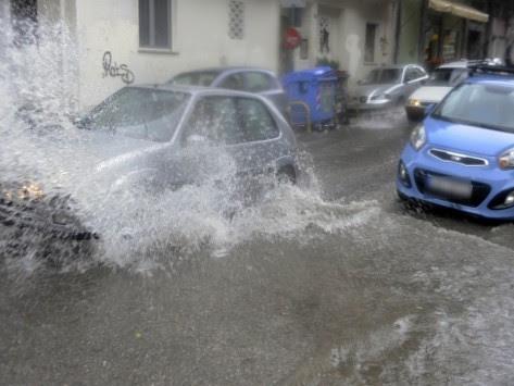 Καιρός: Απότομη αλλαγή με βροχές και χαλάζι τη Δευτέρα!