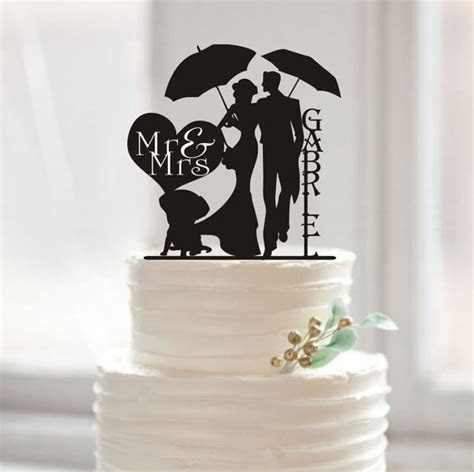 Funny Wedding Cake Topper Mr and Mrs Last Name