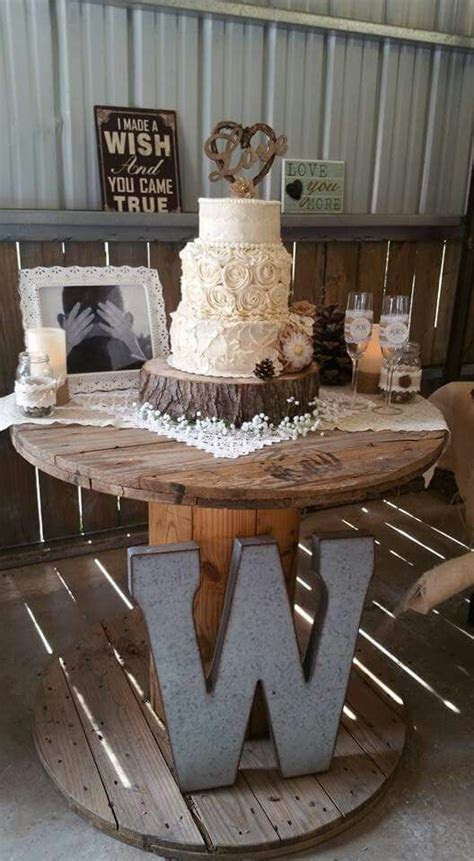 Best 25  Low budget wedding ideas on Pinterest   Diy