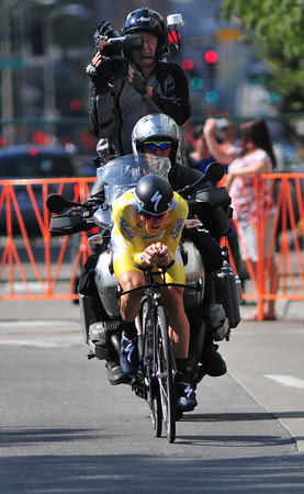 Levi in race-leading yellow.