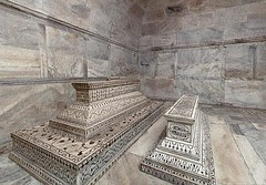 Tombs-in-crypt