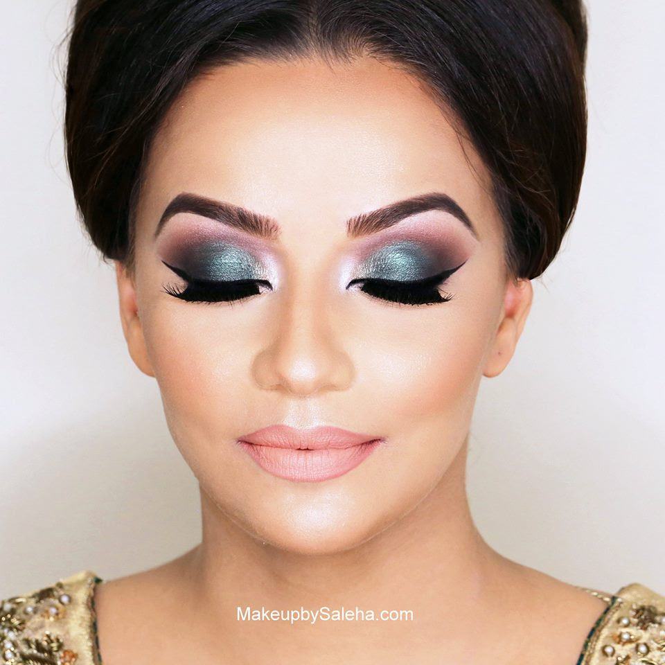 En Femme Learning Center - Makeup Application: Step-By-Step Guide