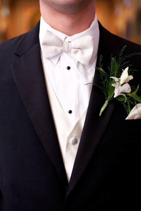 Best 25  Bow tie groom ideas on Pinterest   Bow tie