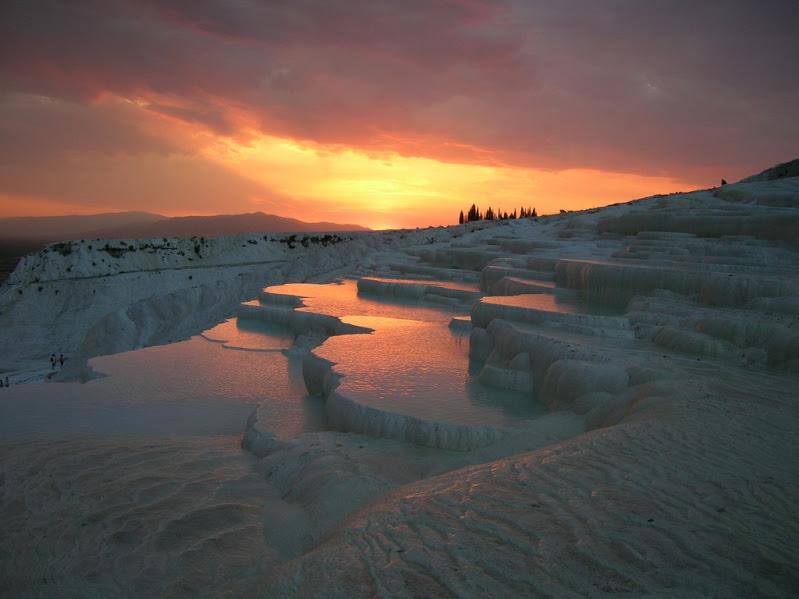 Достопримечательности Турции - минеральные воды Памуккале. Фото