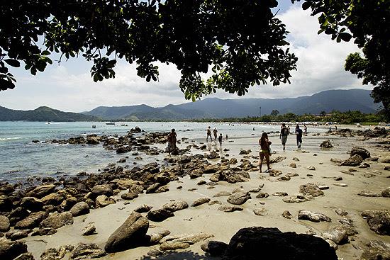 Vista da praia da Baleia, em São Sebastiao, no litoral norte de São Paulo