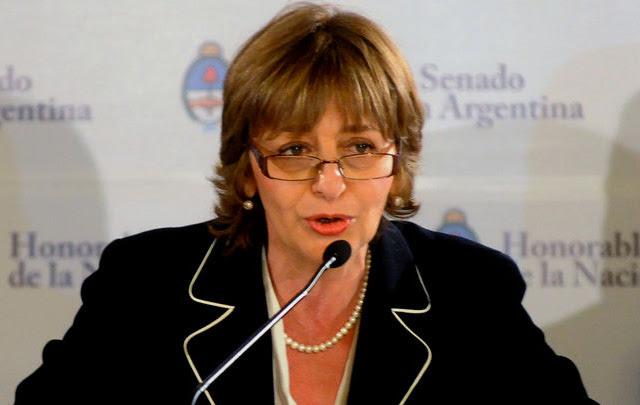 """""""La Justicia es corporativa y oscurantista"""", dijo Gils Carbó"""