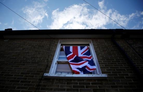 Liberation: Το Brexit καταργεί και τα αγγλικά ως επίσημη γλώσσα της ΕΕ;