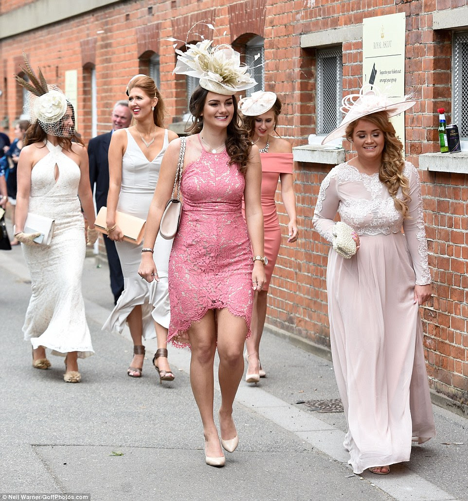 royal ascot 2016 ladies keep up the trend for quirky hats