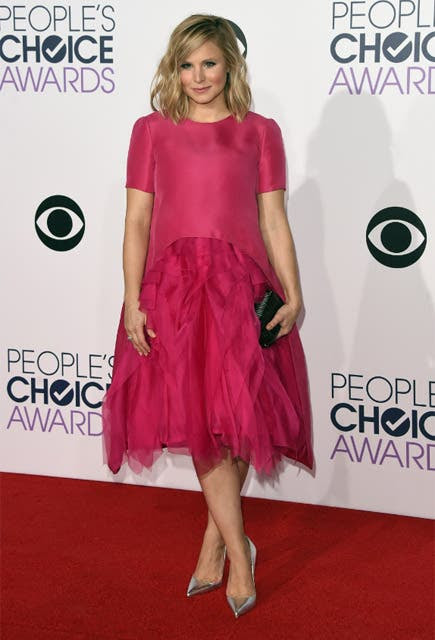 ¿Es campanita? ¡No! Es Kristen Bell, que se animó a lucir este polémico modelo, ¿les gusta?. Foto: REUTERS