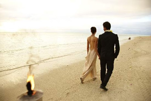 Wedding-in-sand