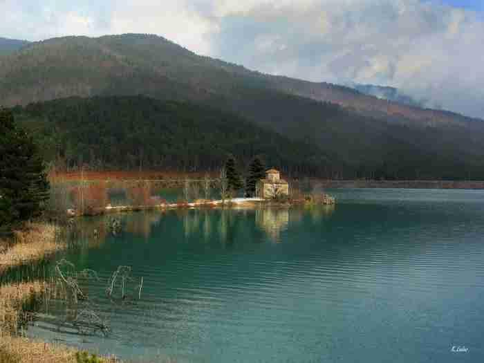 Η μικρή Ελβετία της Ελλάδας «κρύβεται» σε απόσταση αναπνοής απ' την Αθήνα!